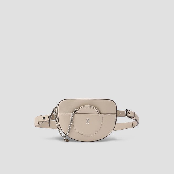[청하 착용]OZ Mini Belt Bag Ecru Beige