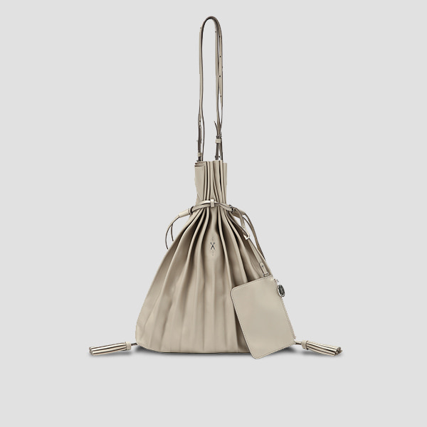 [이청아/유빈 착용]Lucky Pleats Shopper Ecru Beige