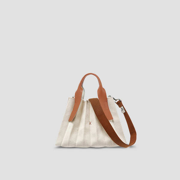 [1/30 출고]Lucky Pleats Canvas S Ivory_Pecan Brown(+Webbing Strap)