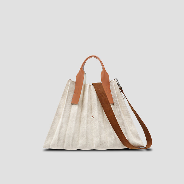 [1/30 출고]Lucky Pleats Canvas L Ivory_Pecan Brown(+Webbing Strap)