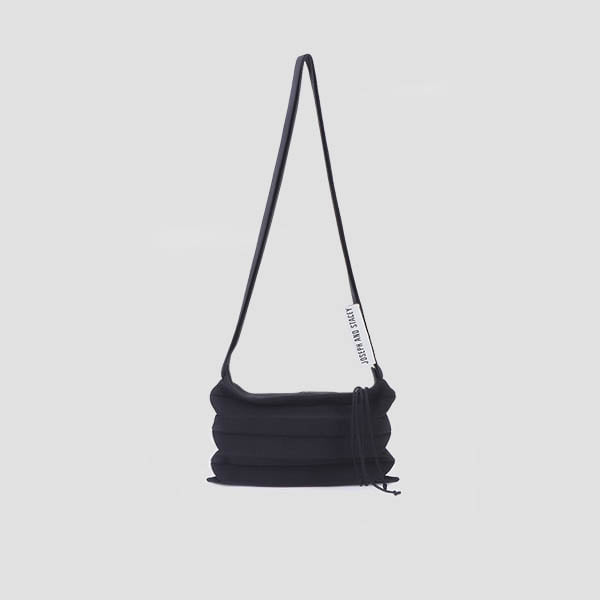Lucky Pleats Knit Crossbag Rich Black