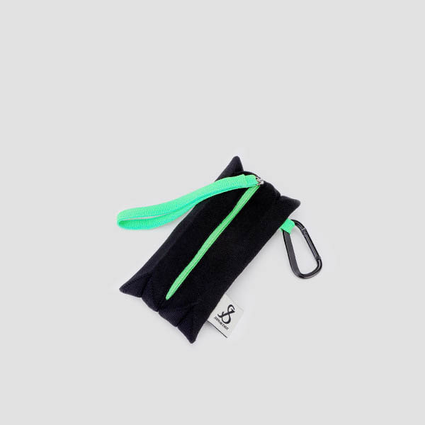 Lucky Pleats Pouch Slim Rich Black