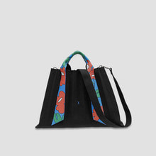 Lucky Pleats Canvas Flower L Black_Blue